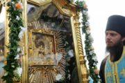Верующие отмечают день Почаевской иконы Богоматери